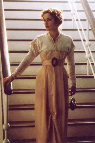 Titanic-Costumes-deck-costume-img-8-322x483